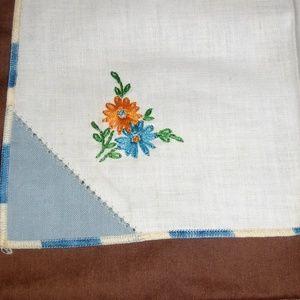 4 Vintage Cotton Napkins